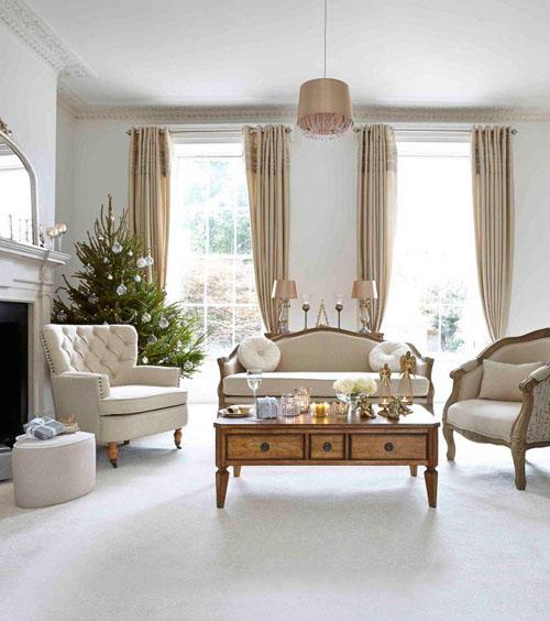 white Christmas lounge ideas
