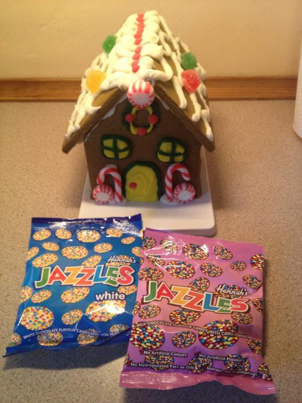gingerbread house jazzles