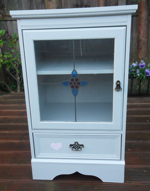 white chic chest of drawers
