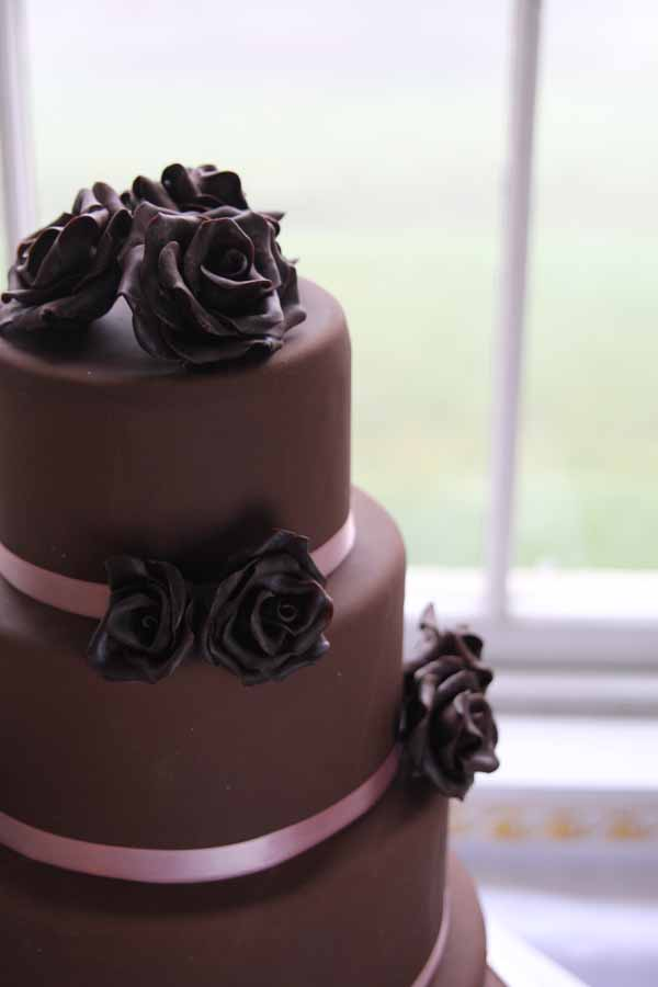 chocolate wedding cake with floral design