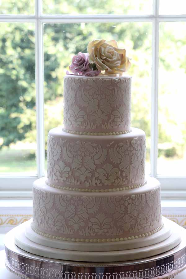 wedding cake with lace and flowers floral wedding cake decorations the fairytale pretty 26909