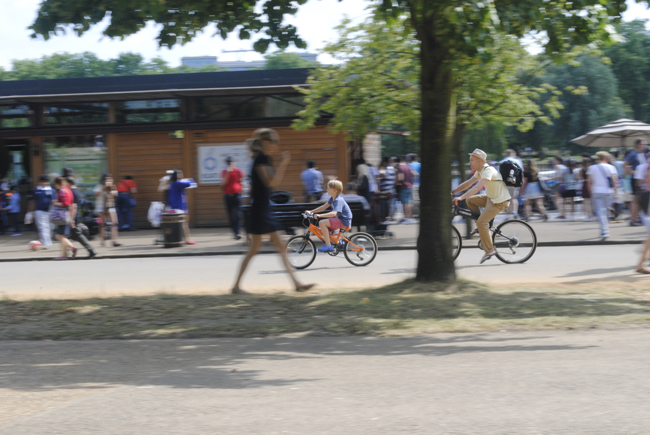 Cyclists in hyde park photography blurred background
