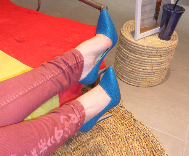 blue shoes snake skin pattern call it spring