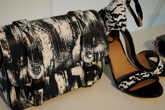 Patterned shoes and bag monochrome