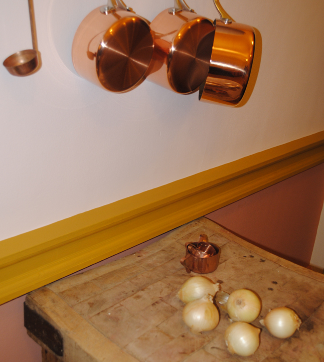 copper brass colours with cream kitchen ideas