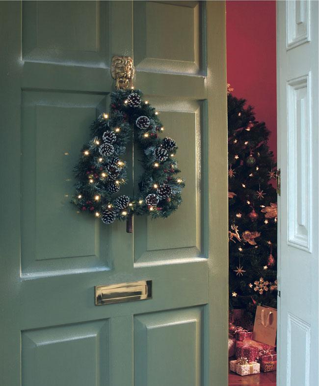 house of bath christmas wreath homey cosy