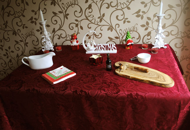 Red white and green table decor candles home ideas
