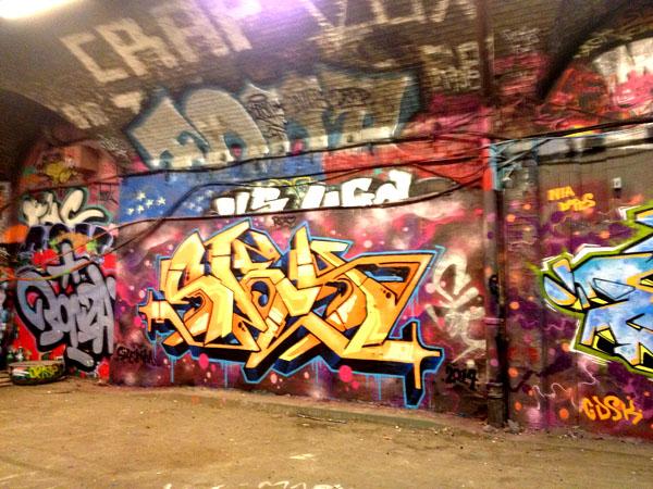 art graffiti in london tunnel LDN walks instagram
