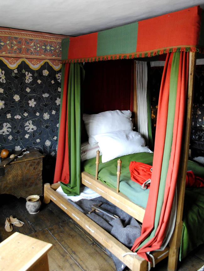 Stratford Upon Avon shakespeare birthplace bedroom