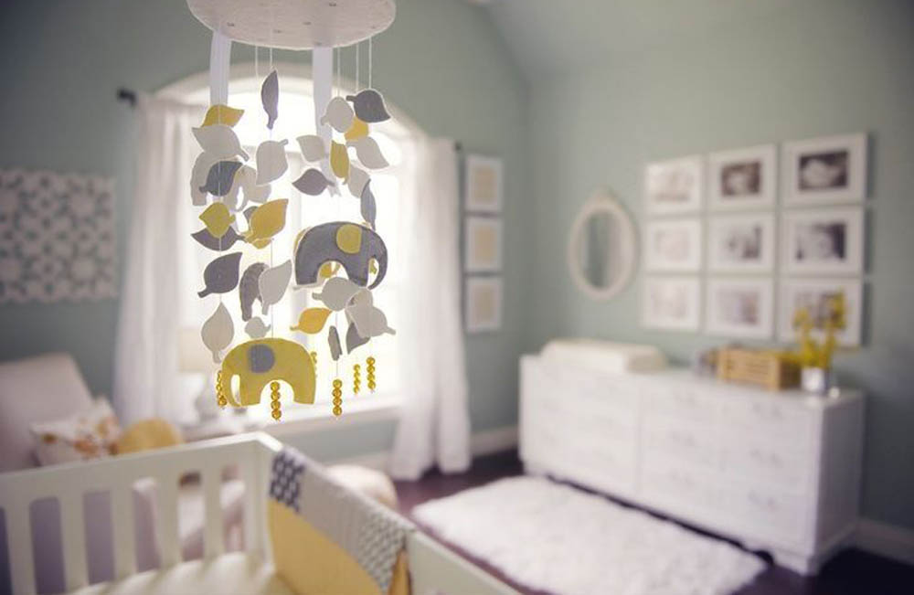 Baby girl nursery ideas that aren 39 t pink royalbaby for Baby boy s room decoration
