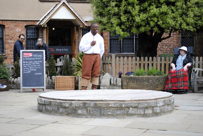 shakespeare play actors theatre birthplace