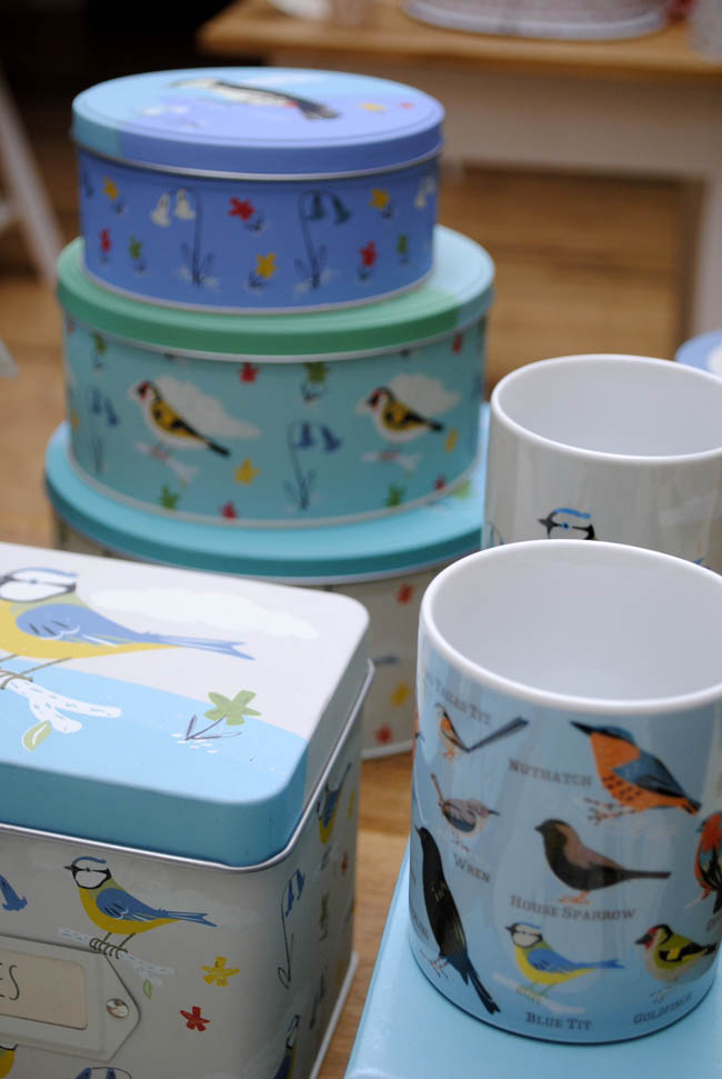dot com gift shop birds cake tins