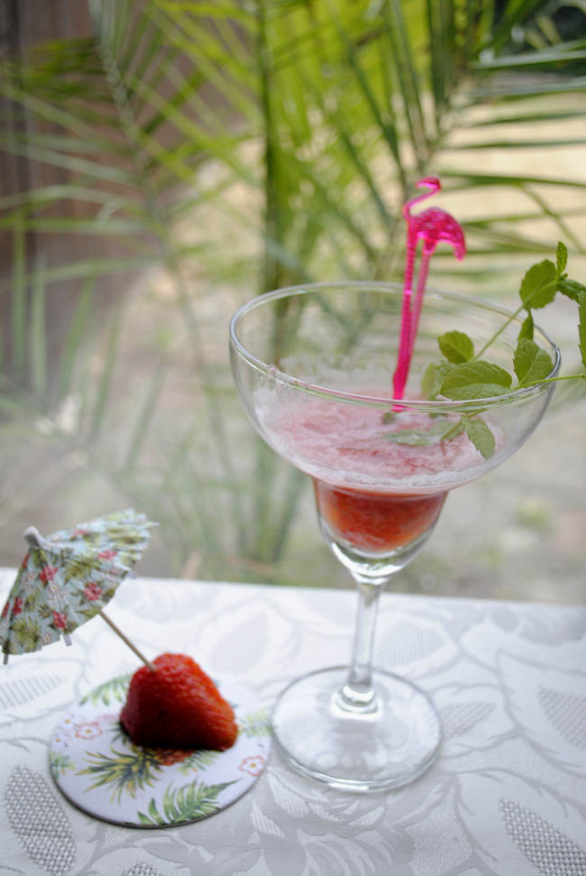 holiday inspired cocktail strawberry daquiri