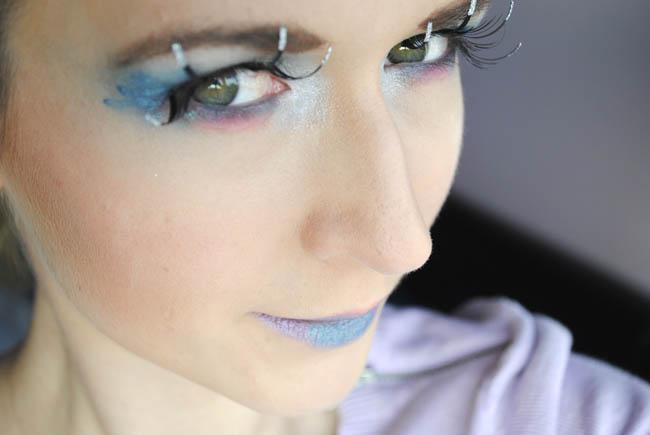 halloween makeup idea for an alien
