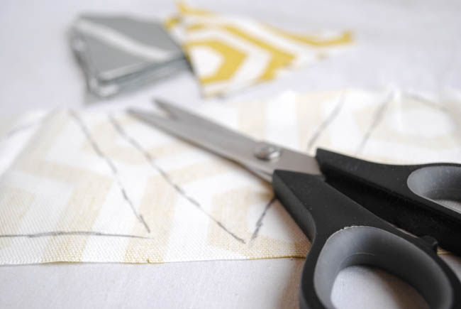 diy bunting with fabric