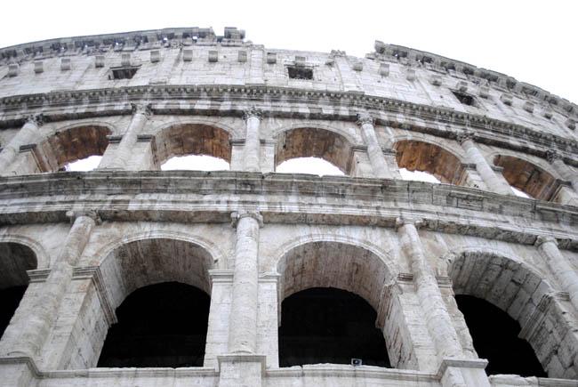 Rome Gladiator tour Colesseum Italy
