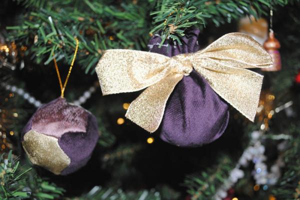 fabric bauble craft tutorial christmas xmas decoration