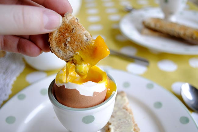 dipping egg and soldiers yummy breakfast for mums