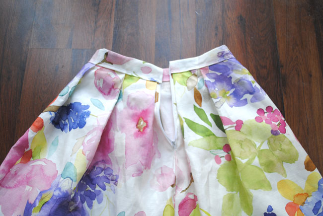 adding a belt to skirt sewing tutorial