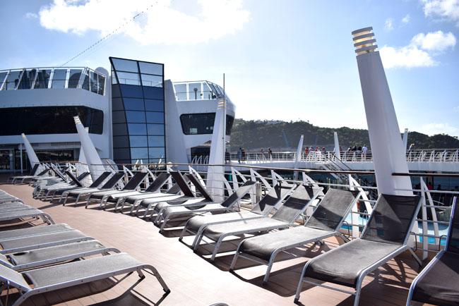 caribbean cruise fashion travel blogger from uk