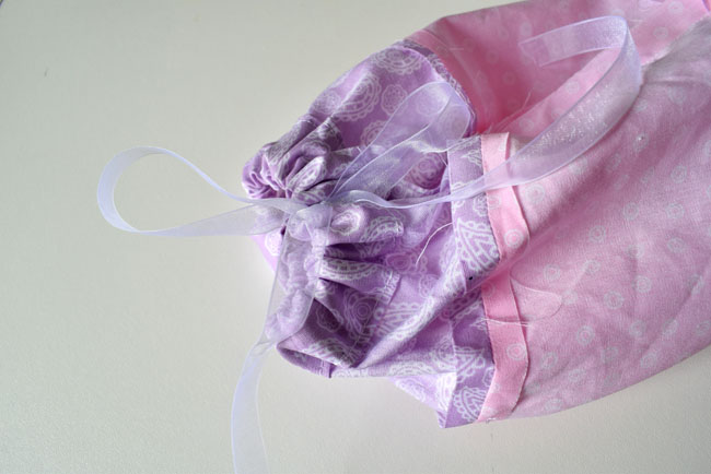 tie the ribbon and make a bow