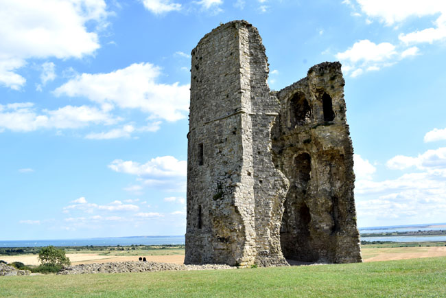 Hadleigh castle essex lifestyle days out ideas