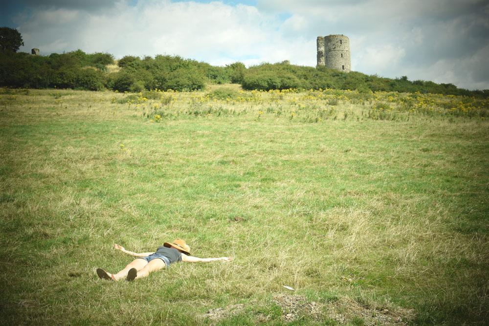 me sleeping by hadleigh castle farm fields