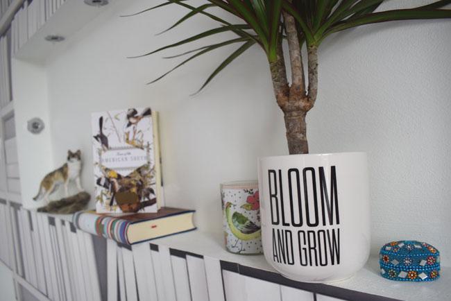 shelfie styling inspiration shelf in white bedroom