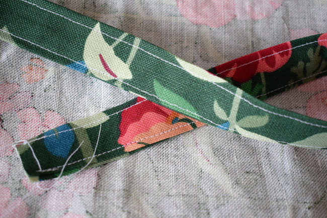 how-to-sew-a-strap-for-bag