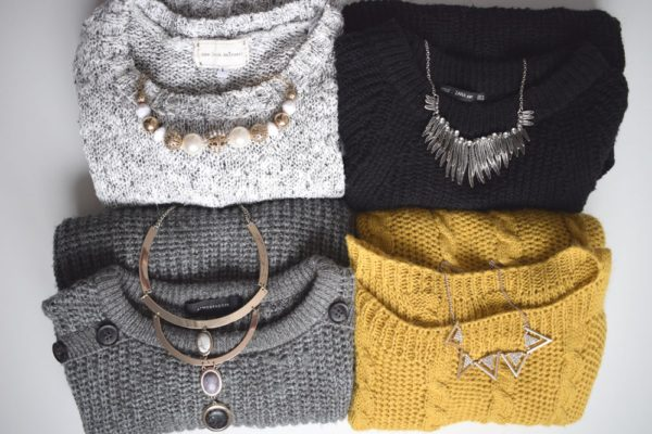 4-jumpers-4-jewellery-ideas-necklaces