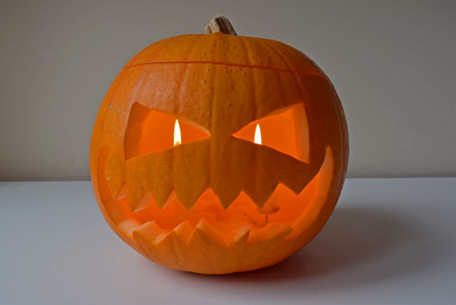 how-to-carve-a-pumpkin-face-for-halloween-and-light-it-up
