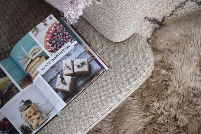 hygge-inspiration-reading-corner