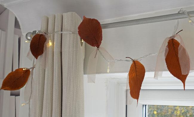 cute-fairy-lights-bedroom-ideas