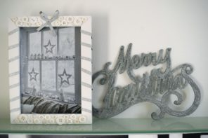 DIY Frame with Christmas Ribbon and Buttons