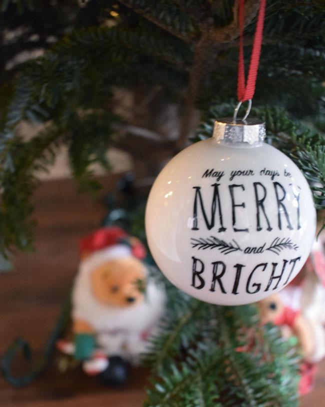 merry-and-bright-bauble-xmas-decor-homebase