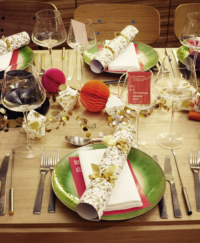 Colourful Christmas Dinner Table Ideas - The Fairytale ...